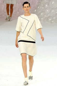 Chanel crinoline period high neck line