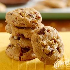 Butter Toffee Chocolate Chip Crunch Cookies from Crisco®