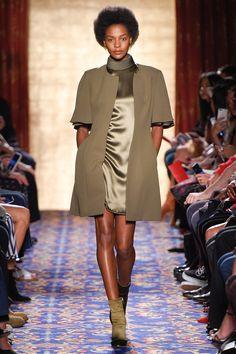 Brandon Maxwell Spring 2017 Ready-to-Wear Fashion Show - Karly Loyce Beautiful sleeves