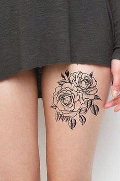 Tatouage de roses sur la cuisse