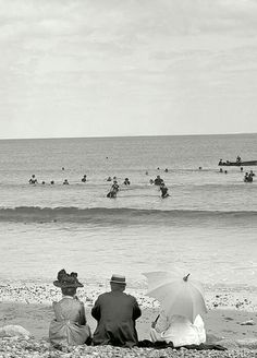 Copacabana Beach -source: Copacabana Demolida  (facebook )
