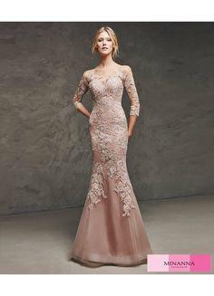 Abiye, abiyeler mi aradınız? Tarza dair herşey Minanna.com da Bayan Giyim Adına Aradığınız Her Şey-Minanna.com