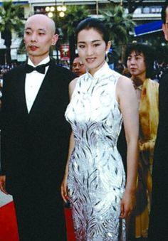 Gonli white cheongsam gown