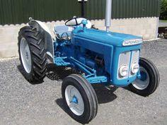 Fordson Super Dexta blue/grey