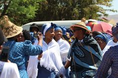Lerato & Setsumi' Fairy Tale Wedding - South African Wedding Blog Traditional Wedding Decor, Traditional Dresses, African Traditions, South African Weddings, Fairytale Weddings, Wedding Blog, Wedding Ideas, African Attire, African Fashion