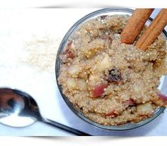 In honor of the first day of Fall [and my love for quinoa and apples]: Apple Cinnamon Breakfast Quinoa Ingredients dry quinoa cow/soy/almond milk (I used vanilla soy mil) water cinnamon 1 packet of stevia raisins chia seeds 1 medium apple, finely chopped… Quinoa Breakfast, What's For Breakfast, Breakfast Recipes, Gluten Free Breakfasts, Gluten Free Recipes, Healthy Recipes, Healthy Eats, Healthy Breakfasts, Veg Recipes