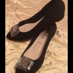 Butter Suede Shoes Beautiful black suede comfy dress shoes Shoes Flats & Loafers