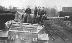 Panzer-Befehlswagen VI Tiger (P) (Frgst.Nr. 150013) Nr. 003