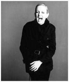 Vogue Italia (Apr. 1993) – Twiggy by Steven Meisel