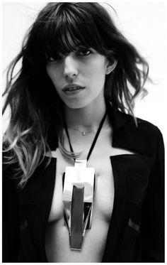 Jane Birkin Jeanloup Sieff/necklace