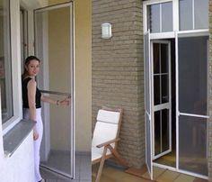 Москитная сетка на балконную дверь – нужная вещь