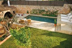 〚 When pool becomes beautiful addition to house 〛 ◾ Photos ◾Ideas◾ Design Piscina Interior, Outdoor Furniture Sets, Outdoor Decor, Italian Style, Beautiful Interiors, Garden Bridge, Swimming Pools, Exterior, Outdoor Structures