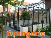 Batist hobbykassen ontwikkelt, produceert en bouwt volledig in eigen beheer een breed assortiment hobbykassen, tuinkamers, priëlen, veranda's carports en maatwerk overkappingen. Onze eigen medewerkers bouwen in heel Nederland uw tuinsierraad op.