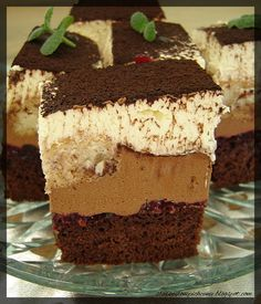 Tiramisu, Yummy Food, Sweets, Chocolate, Cooking, Ethnic Recipes, Bakken, Kitchen, Delicious Food