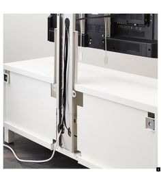 Want to know more about 55 inch tv wall mount. Click the link for more information. Check this website resource. Hiding Tv Cords On Wall, Hide Tv Cords, Hide Cables, Hide Wires, Console Tv, Cacher Cable Tv, Tv Escondida, Deco Tv, Tv Ikea