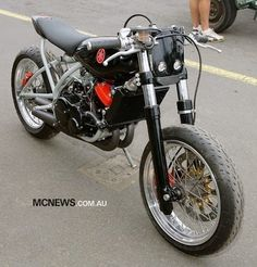 Yamaha RD350 LC Tracker - Grease n Gasoline