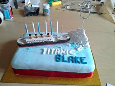 Making a Titanic Birthday Cake