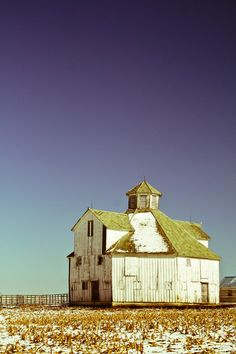 The octagon barn... i love cool old barns, growing up in the country I know how magical they can be