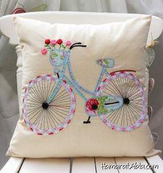 Bisiklet Desenli Neşeli Yastık Tasarımı!