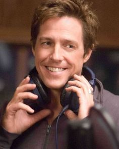 Alex Fletcher by Hugh Grant in Music and Lyrics, 2007 Hugh Grant Liz Hurley, Hugh Grant Young, Alex Fletcher, Ellen Greene, Bebe Daniels, Getting Over Her, Little Shop Of Horrors, British American, Movies