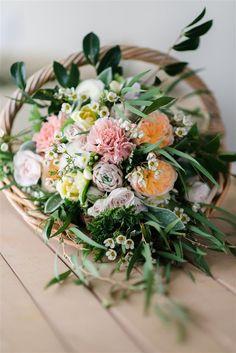 Wedding Bouquet Recipe VI – A Country Garden Inspired Bridal Bouquet