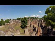 Oradour-sur-Glane: dorp als monument van de waanzin *****   Dorpen in Frankrijk