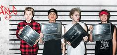 '5 Seconds Of Summer': Calum Hood Wants To Leave The Band? - http://www.movienewsguide.com/5-seconds-summer-calum-hood-wants-leave-band/183335