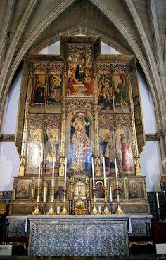 Virgen de la Antigua. Retablo de Maese Rodrigo de Santaella. Autor: Alejo Fernández. Fecha:1520 h. Óleo sobre tabla. Iglesia del Colegio de Santa María de Jesús de Sevilla-España