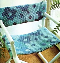 DIY Directoru0027s Chair Flower Power Pattern, Needlepoint Slip Cover Tutorial
