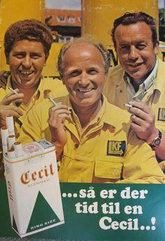 Old Posters, Vintage Posters, Retro Ads, Vintage Ads, Cigarette Brands, Creative Advertising, Historian, Childhood Memories, Nostalgia