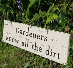 42 ideas for garden quotes signs porches - Modern Garden Quotes, Garden Club, Summer Garden, Garden Crafts, Back To Nature, Sign Quotes, Funny Quotes, Art Quotes, Dream Garden