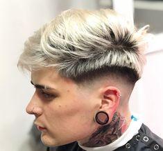 Mens Haircuts Short Hair, Trending Hairstyles For Men, Boy Hairstyles, Short Hair Styles, Hair Cuts, Street Style, Men Street, Tattos, Samurai