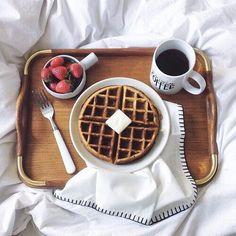 :) breakfast pictures tumblr - Buscar con Google | Más en https://lomejordelaweb.es/