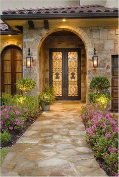 Spanish Style Homes, Spanish House, Tuscan Style Homes, Mediterranean Home Decor, Mediterranean Architecture, Hacienda Style, Tuscan House, Dream House Exterior, House Entrance