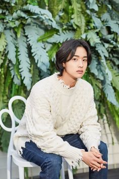 A young man who helped catch a robber at a convenience store is now popular for dressing up as a woman. This is the story of actor Jang Dong yoon 'I don't want to let Nok doo go, like my fans', the actor said about the recently ended KBS drama 'T Asian Actors, Korean Actors, Jung Joon Ho, Pretty Boys, How To Look Pretty, Park Bogum, Korean Male Models, Secret Boutique, Tae Oh