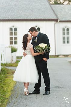 Meeting in Iceland to Having a Lofoten Islands Elopement Adventure | Iceland Wedding Planner and Photographer
