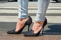 How to Fray the Hem of Your Jeans in 3 Quick Steps