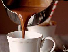 Η πιο ωραία συνταγή για ρόφημα ζεστής πηχτής σοκολάτας Chocolate Fudge Frosting, Greek Desserts, Smoothie Drinks, Chocolate Coffee, Cookbook Recipes, Yummy Drinks, Food Processor Recipes, Food And Drink, Protein