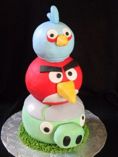 Angry Bird Cakes