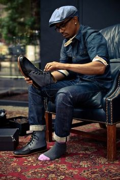 Perfect use of denim and a newsboy hat... If only is was into hats. I definitely still like this style though.