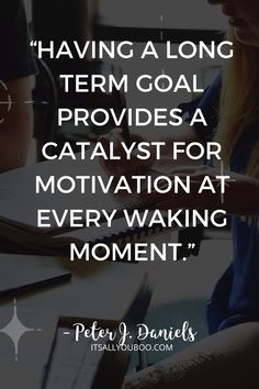 """Want to get motivated in life? """"Having a long term goal provides a catalyst for motivation at every waking moment"""" ― Peter J. Daniels. Want to set long term goals as a college student? Not sure where to start? Click here for 11 personal long term goal ideas for college students. Life is about more than good grades and graduation. #Goals #GoalSetting #GoalPlanning #GoalsforLife #LifeGoals #LifePlanning #College #Student #SettingGoals #SMARTGoal #SMARTGoals #StudentLife #CollegeLife Smart Goals Worksheet, Long Term Goals, How To Get Motivated, Productivity Quotes, Productive Things To Do, Personal Development Books, Good Motivation, Do Homework, Personal Goals"""