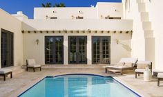 Villa Helena in Miami Florida.  Luxury vacation rental home | Estate Weddings and Events