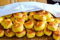Lussekatter – fria från mjöl, mejerier och socker   4Health.se by Anna Sparre