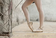 4 Ways #Dancers Can Get Stronger Ankles. #dance #tips