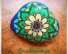 Hand Painted Dot Art Flower Painted Beach por P4MirandaPitrone