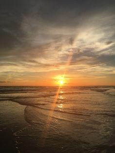Anna Maria Island #sunset #sunrise #coucherdesoleil #beach #sea #mer #plage #sky #skylover #annamariaisland