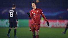 Liga Mistrzów: dwa gole Roberta Lewandowskiego w meczu z Dinamem Zagrzeb, awans Arsenalu Londyn