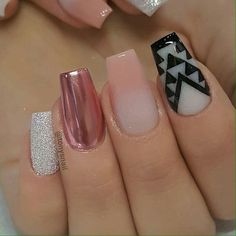 50 Cool Nail Design 2019 That Will Make You Look Hot - Trending Beauty Artist Work - Katty Glamour Sparkle Nails, Silver Nails, Glitter Nail Art, Pink Nails, Crome Nails, Different Nail Shapes, New Nail Designs, Art Designs, Gel Nails