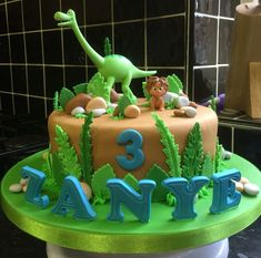 32 Excellent Image of Dinosaur Birthday Cake Dinosaur Birthday Cake The Good Dinosaur Birthday Cake Dinasaur Cakes Pinte Dinasour Birthday, Dinosaur Birthday Cakes, Cool Birthday Cakes, Birthday Cake Toppers, Dinosaur Party, 2nd Birthday, Birthday Ideas, The Good Dinosaur Cake, Dino Cake
