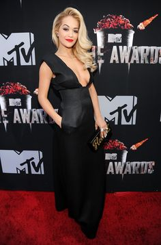 Hollywood Hits the MTV Movie Awards Red Carpet: It was all about the movie stars on Sunday when the MTV Movie Awards kicked off with a star-studded red carpet in LA.